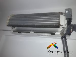 aircon-chemical-overhaul-fan-coil-everyworks-aircon-servicing-singapore-landed-clementi-3