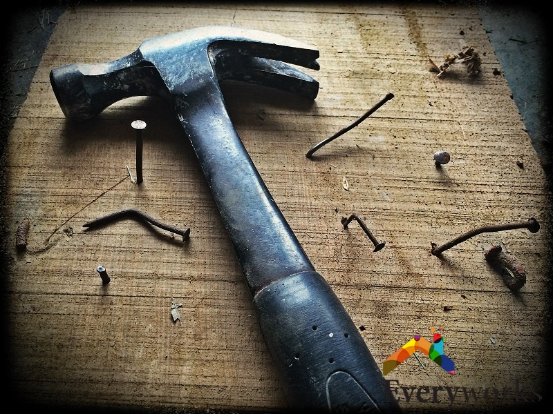 hammer-and-nails-everyworks-handyman-singapore_wm