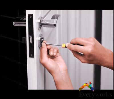 locksmith-services-everyworks-handyman-singapore_wm