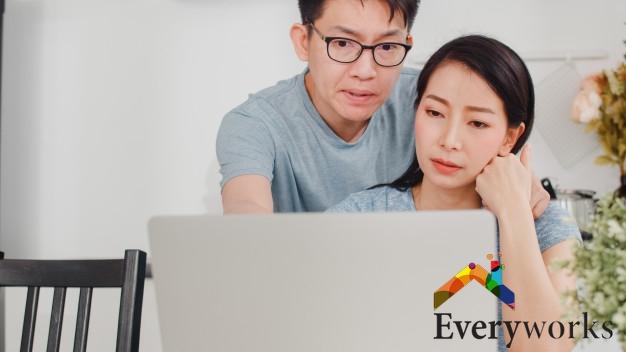 search-for-a-handyman-on-the-internet-everyworks-handyman-singapore_wm