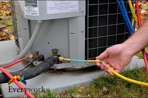 aircon-gas-pipe-leakage-aircon-repair-symptoms-everyworks-aircon-servicing-singapore