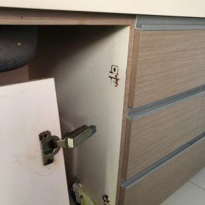 cabinet-hinge-repair-singapore-landed-pasir-ris-1_wm