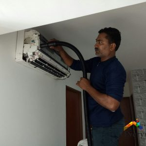 Aircon-Chemical-Cleaning-Dw-Aircon-Servicing-Singapore-18_wm