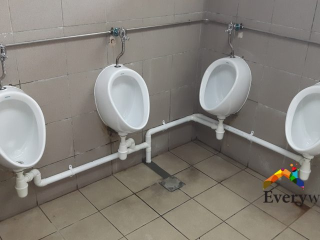 Replace Old Urinal, Install New Public Urinal Plumber Singapore – Commercial building Aljunied