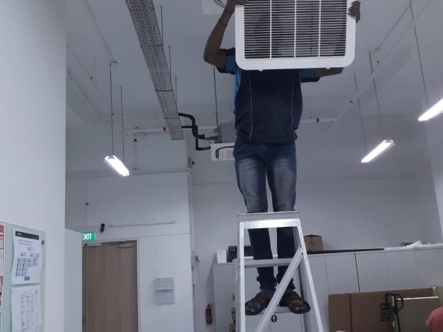 Aircon Servicing for Ceilling Cassette Aircon – Commercial Office Pasir Panjang