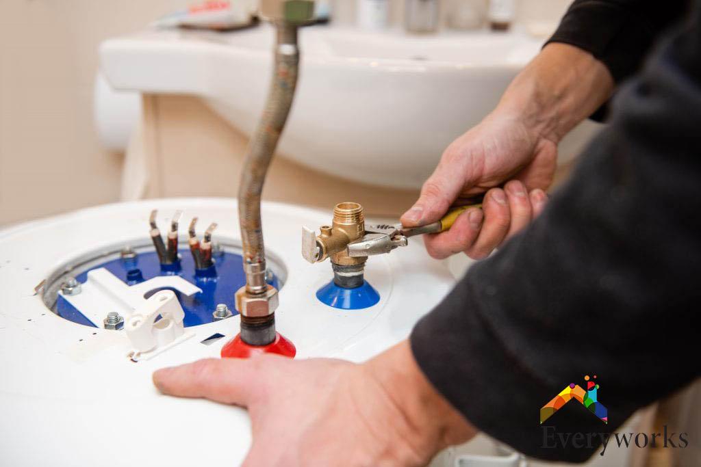 water-heater-repair-everyworks-plumber-singapore_wm