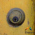 Signs That You Need To Engage A Door Lock Repair Service