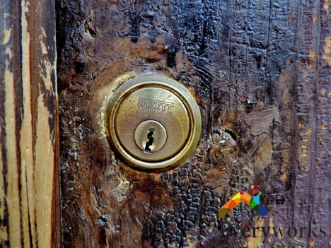 rusty-lock-change-door-lock-everyworks-handyman-singapore