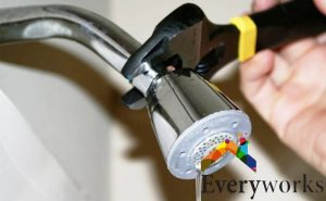 leaking-shower-head-water-leak-everyworks-plumber-singapore