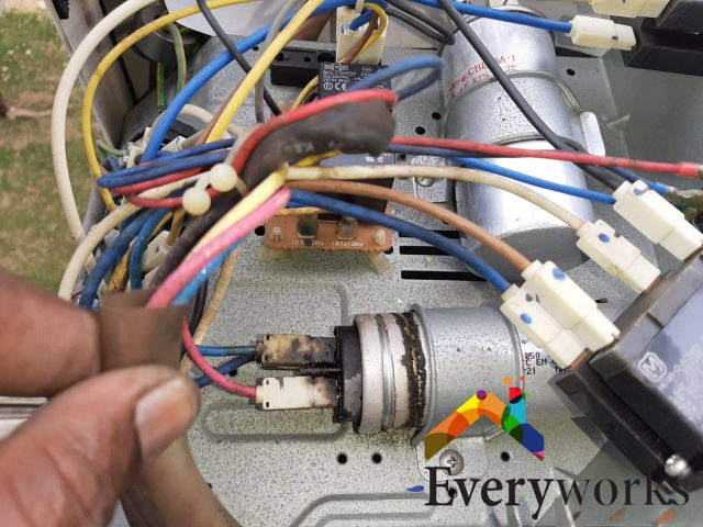 Aircon Isolator Replacement Aircon Servicing Singapore – HDB Woodlands