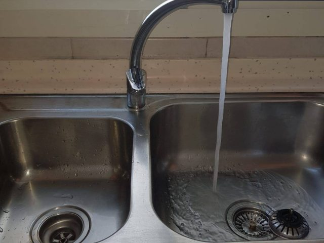 Kitchen Mixer Replacement Plumber Singapore Condo – Serangoon