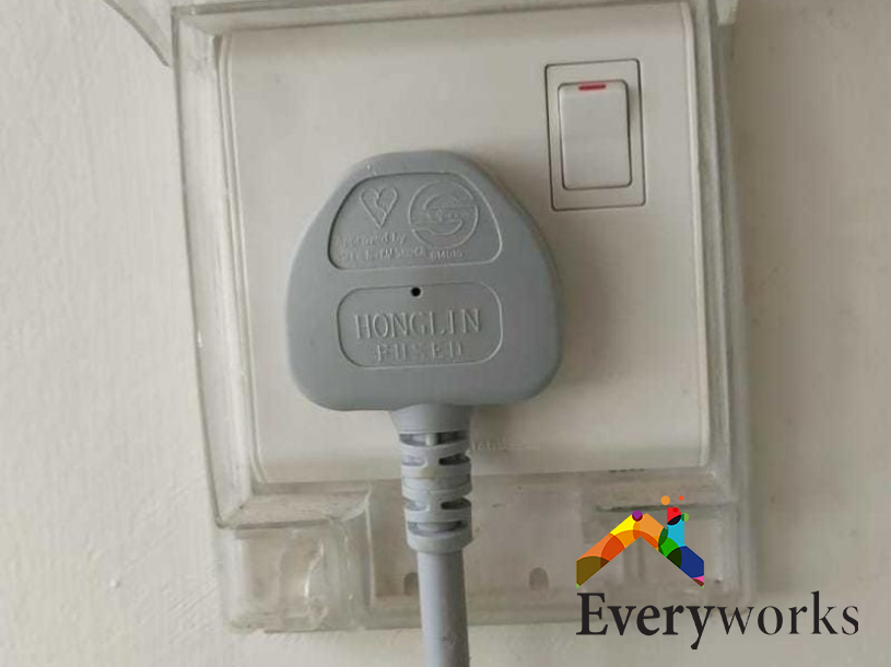 power-socket-replacement-electrician-singapore-hdb-woodlands
