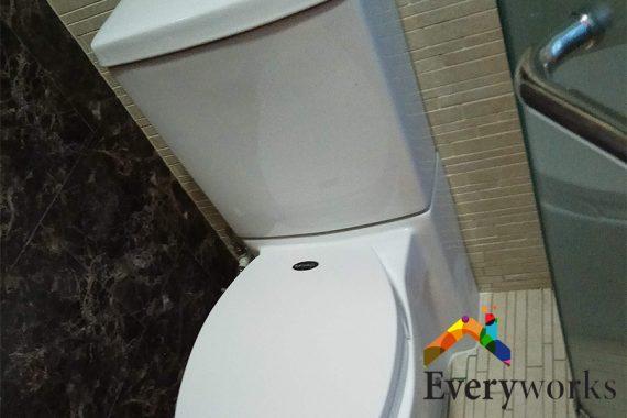 closed-white-toilet-bowl-everyworks-plumber-singapore
