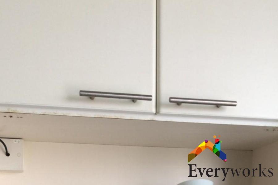 kitchen-cabinet-choosing-cabinet-handles-cabinet-handle-installation-everyworks-handyman-singapore