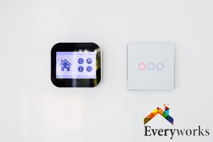 smart-hub-difference-between-zigbee-and-z-wave-everyworks-electrician-singapore