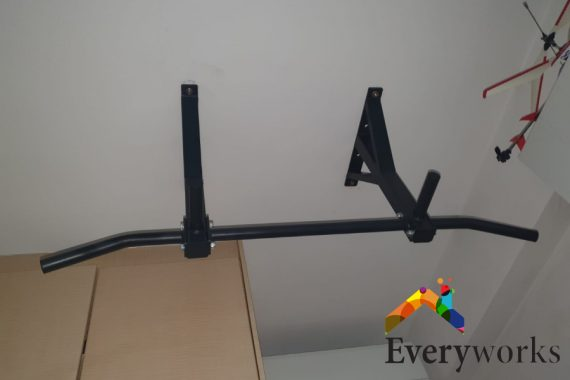 bar-height-things-to-know-before-buying-a-ceiling-pull-up-bar-installation-everyworks-handyman-singapore