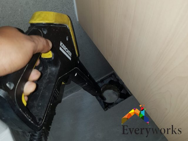 Clear Floor Trap Choke Services Plumber Singapore HDB – Tampines