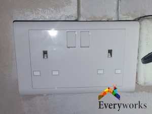 power-socket-replacement-power-socket-services-electrician-singapore-hdb-rochor-3_wm
